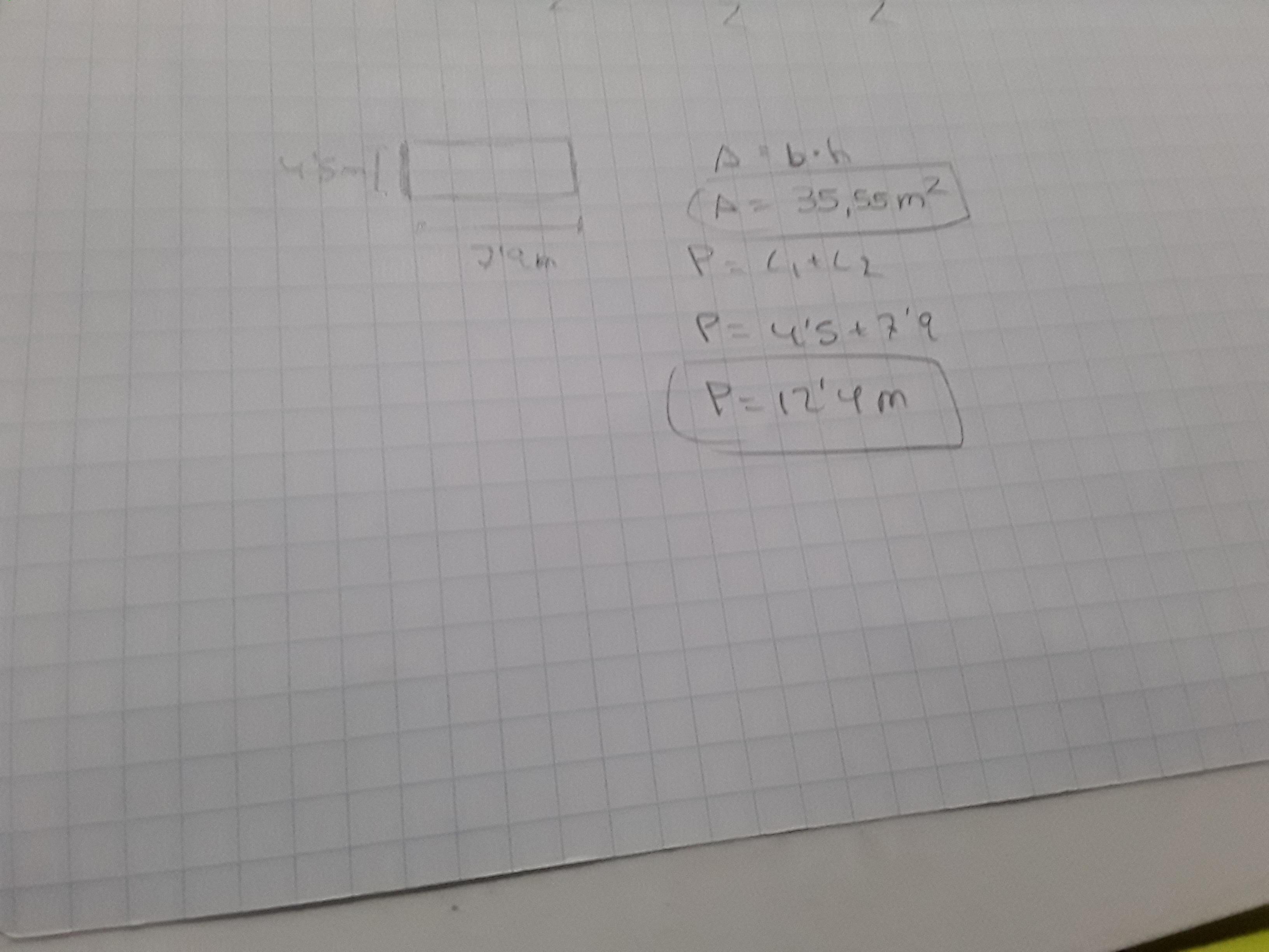 ����y.'9�-9�m��_Hallaelperímetroyeláreadeunrectángulocuyosladosmiden4,5my7,9m