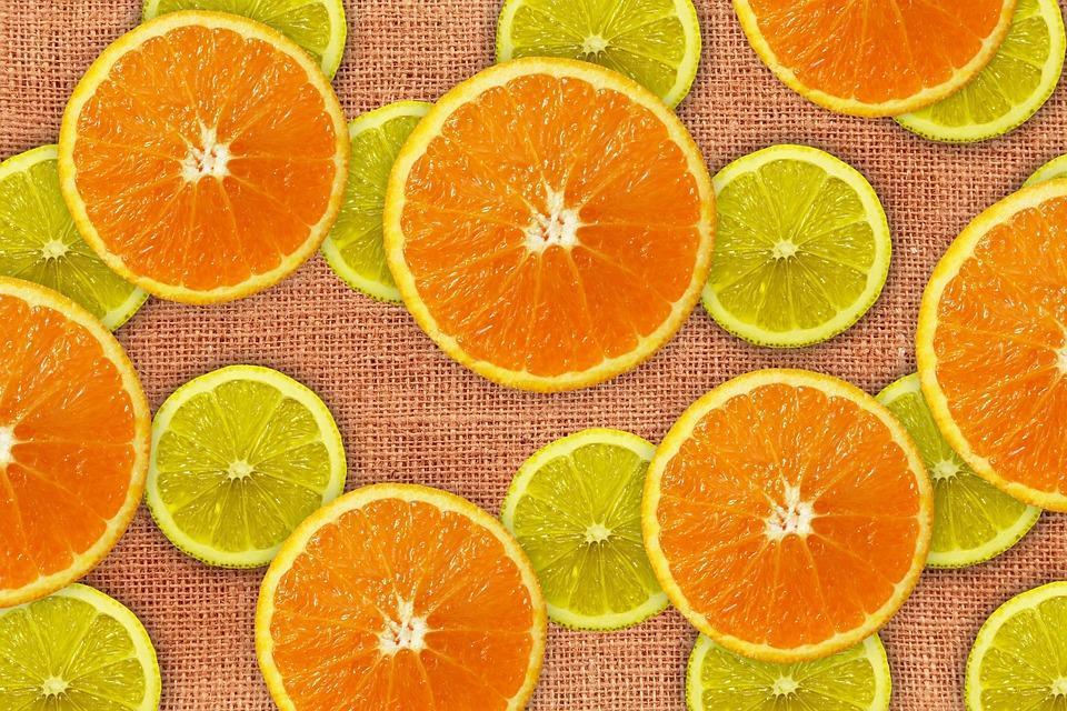 como influyen los alimentos y la dieta en la salud brainly