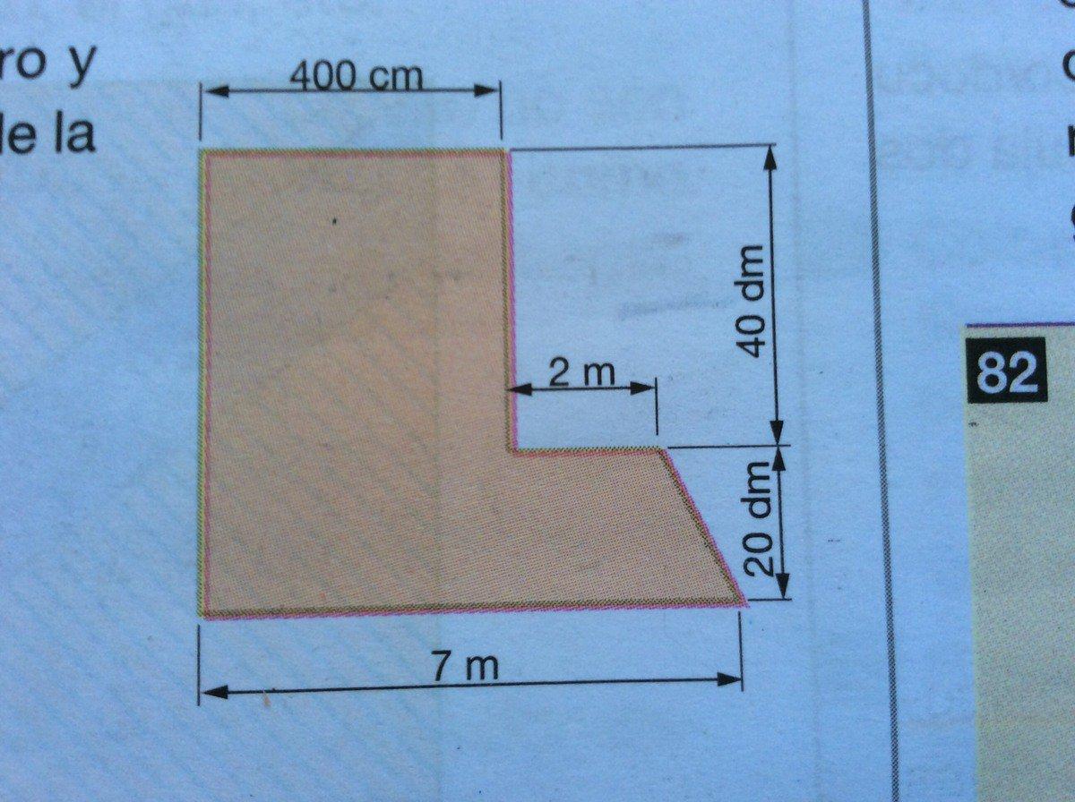 Calcular el perimetro y area de la figura de la derecha for Calcolare metri quadri